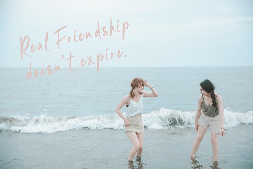 台南閨蜜寫真|找閨蜜們一起來安平海邊放肆的玩水吧|愛情街角-19.jpg