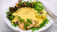 Old Bay Hollandaise salmon with kale chips and potato mash (garydlum) Tags: butter dijonmustard eggs fennel hollandaisesauce kale lemonjuice oldbay parsley pistachionuts potatomash queenslandnutoil salmon canberra australiancapitalterritory australia