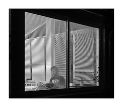 la véranda la nuit (Armin Fuchs) Tags: arminfuchs nomansland lavéranda anonymousvisitor thomaslistl wolfiwolf stripes 6x7 diagonal interferences night niftyfifty naturallayer light window glass grain jazzinbaggies
