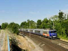 Rame aux couleurs multi-régionales pour Strasbourg (Isèretrains) Tags: bb22200 bb22259 barleduc ter sncf trains