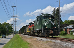 Y&S 8343 SB Construction Trash. North Lima, OH (bobchesarek) Tags: youngstownsoutheastern ys emdgp10 ys8343 locomotive railroad trains