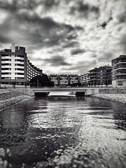 Passeio do Tejo (marc.barrot) Tags: shotoniphone monochrome architecture contemporary building wharf lisbon portugal 1990 lisboa parquedasnações passeiodotejo