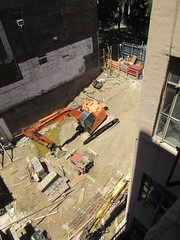 Building Construction Parking Lot Space 350 and 352 on 45th St 3878 (Brechtbug) Tags: parking lot space 350 352 now be building 2019 midtown manhattan 45th street near times square nyc 06042019 new york city cube architecture traffic transit car cars auto lots steel beams beam red brick wall green shed park brownstone 1920s apts apartment house apartments construction fence july 4th holiday