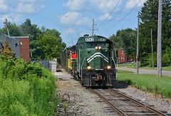 Y&S 8343 SB Construction Trash. North Lima, OH (bobchesarek) Tags: youngstownsoutheastern ys emdgp10 railroad trains locomotive