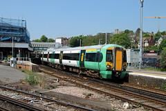 377405 Lewes (CD Sansome) Tags: lewes station southern rail tsgn gtr govia thameslink railway east coastway line train trains 377 377405