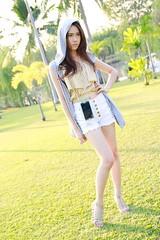 6 years ago (ChalidaTour) Tags: thailand thai asia asian girl femme fils chica nina woman teen sweet cute sexy slender slim petite shorts legs portrait