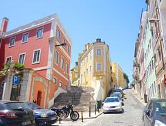 Santo Amaro (Kaeko) Tags: trip travel vacation holiday portugal europe lisboa lisbon santoamaro street building car stairs