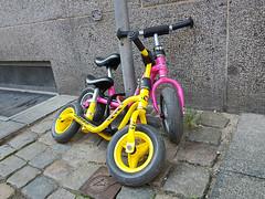 Biker's break (cats_in_blue) Tags: bikes bicycles twoofakind copenhagen