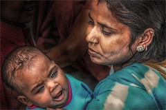 She's Got Mommy's Eyes (felixvancakenberghe) Tags: asia asian child eyes india kid people portrait person woman