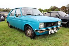 Peugeot 104 HGL630N (Andrew 2.8i) Tags: pembrokeshire haverfordwest scolton manor show automobile auto voiture cars car classics classic french hatch hatchback economy 104 peugeot hgl630n