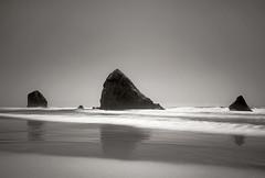 Oregonami folding (KJ Wipond) Tags: landscape oregon coast monochrome kjwipond karenwipnod