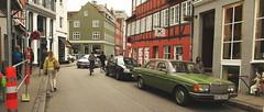 Green girl (Siaitch) Tags: mercedes copenhagen green mercedesbenz benz