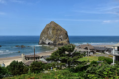 Haystack Rock Viewpoint  - Cannon Beach (SonjaPetersonPh♡tography) Tags: cannonbeach oregon oregoncoast northcoast nikon nikond5300 afsdxnikkor18300mmf3563gedvr haystackrock monolith haystacks thehaystackrock ocean oceanside pacificocean beach waves tide sand clouds viewpoint view seascape nature pnw pacificnorthwest rock haystack