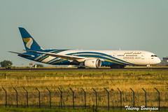 [CDG] Oman Air Boeing 787-9 Dreamliner _ A40-SC (thibou1) Tags: thierrybourgain cdg lfpg spotting aircraft airplane nikon tamron sigma omanair boeing boeing787 b787 b7879 dreamliner b789 a4osc mascate muscat landing d810
