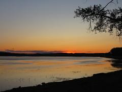 Sunset on Lake Champlain (JJP in CRW) Tags: vermont newengland sandbar stateparks sunset sky lakechamplain lakes