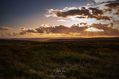 Out on the wiley, windy moors (Andrew Teece) Tags: oxenhope hebdenbridge calderdale sunset sunrays moors moorland brontecountry heath heather westyorkshire
