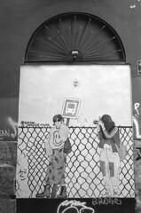 190906_VLC_006 (Stefano Sbaccanti) Tags: valencia spain spagna españa stefanosbaccanti minox35gl kentmere400 rondinax35e 2019 analogico analogue analogicait blackandwhite bianconero blancoynegro graffiti artecallejera