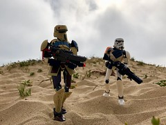 Patrol (1) (socalbricks) Tags: shore trooper shoretrooper stormtrooper imperial empire scarif patrol lego ultra build outdoors construction balboa newport beach social cali 2016 2017 2019 starwars legostarwars toy legophotography rogueone toyphotography legostarwarsphotography galacticempire galacticivilwar dunes overcast haze marinelayer legooutdoorphotography