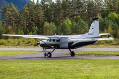 D-FOXY (Kristoffer K R) Tags: fly aviation airplane cessna enbm bømoen voss skydive caravan dfoxy turboprop