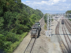 Y&S 052 (Fan-T) Tags: struthers ohio ys youngstown southern railroad shortline gp18 18