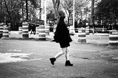 Out of focus... New York (jev) Tags: broadway analogcamera artq blackandwhite bnwphotography buyfilmnotmegapixels bwmaniac film filmcamera filmfeed filmphotography ishootfilm kodaktmax400 mediumformat monochrome newyork nyc nyphotographer outoffocus peopleinframe peoplewatching streetlife streetphoto streetphotography streetshots streetstyle vintagecamera zeissikonzm