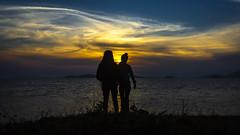 Sunset Duo (Diego S. Mondini) Tags: sunset pôrdosol portrait retrato nuvens clouds sky céu brasil brazil santacatarina sãofranciscodosul casal couple silhouette silhueta
