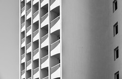 referent (fred9210) Tags: blackwhite architecture effet optique