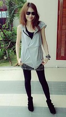 5 years ago (ChalidaTour) Tags: thailand thai asia asian girl femme fils chica nina teen skirt glasses sweet cute sexy petite slemder slim legs portrait