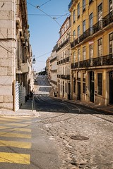 Street of Lisbon (Chang Tai Jyun) Tags: sun son day alley street portugal lisboa lisbon