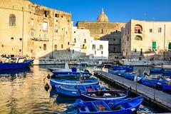 Porto Vecchio - Monopoli (Valdy71) Tags: monopoli porto barche boat harbor travel puglia apulien apulia sunset italy italia city nikon valdy color