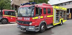 LFB Paddington's Mercedes Atego Fire Rescue Unit...AE07 HWV (standhisround) Tags: firerescue fireandrescue firebrigade fire 999 mercedes mercedesbenz atego londonfirebrigade lfb rescue paddington westlondon london appliance vehicle paddingtonfirestation ae07hwv harrowroad emergency fru22