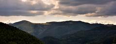 Vue panoramique sur le ThannerHubel depuis le Mehrbachel (Olivier Simard Photographie) Tags: thannerhubel mehrbachel merbaechle vosges montagnes ballon ciel alsace valléedelathur saintamarin nuages panoramique paysage cieldorage éclaircie