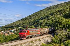 03 septembre 2019 SŽ 363-019 Prešnica (SI) (Anthony Q) Tags: 03 septembre 2019 la brigitte 019 descend sur koper avec un train de citerne et passe au dessus prešnica juste avant bif qui mène en croatie 363019 prešnica si sž sž363019