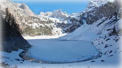 Frozen mirror (Hinterer Gosausee, Austria) (armxesde) Tags: ricoh pentax k3 österreich austria alps alpen berg mountain snow schnee salzkammergut see lake water wasser hinterergosausee frozen gefroren