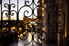 The church's gate, la puerta de la iglesia (Roberto Bendini) Tags: aerequipa 2019 canon sud america santa catalina convent colonial spanish perú south church cathedral gate cancello keys chiavi