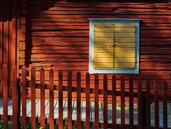 The yellow window (Tim Ravenscroft) Tags: house window fence architecture shadows red traditional västerås sweden hasselblad hasselbladx1d