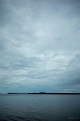 Stralsund / Devin - Strelasund (tom-schulz) Tags: ricoh grii stralsund thomasschulz wasser himmel wolken sund strelasund rügen ufer