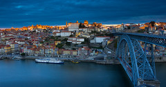 Metallic morning (snowyturner) Tags: portugal porto river douro bridge dom luis boats morning sunrise buildings