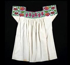 Textiles Mexico Blouses Nahua Puebla (Teyacapan) Tags: blouses mexican ropa indumentaria huahuaxtla nahua puebla embroidery