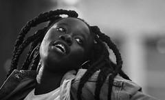 Possédé (maoby) Tags: rouge possédé nikon d500 180mm montréal rue street girl young child kid