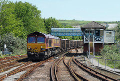 66198 Lewes (CD Sansome) Tags: coastway line train trains east lewes station db schenker cargo ews english welsh scottish railway 66 66198 shed newhaven day aggregates acton tc