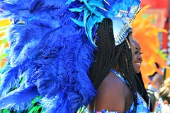 two blue (Artee62) Tags: canon eos 7d hackney carnival people