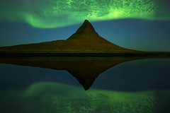 Replay (Hilton Chen) Tags: iceland kirkjufell snaefellsnespeninsula auroraborealis bay inlet landscape mountain nightphotography northernlights reflection