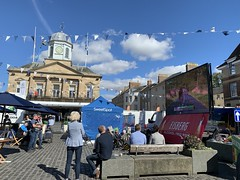 Stage 2 in Kelso (Kniphofia) Tags: ovotob 2019 kelso enclosure thesquare bigscreen tourofbritain