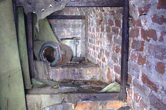 Toilets (gcat79) Tags: abandoned urbex urbanexploration derelict disused airraidshelter scotland