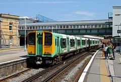 313214 Lewes (CD Sansome) Tags: coastway line train trains southern rail gtr tsgn govia thameslink railway 313 east lewes station 313214