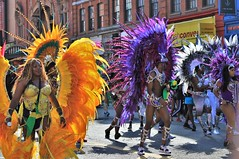 purple vs orange (Artee62) Tags: canon eos 7d hackney carnival people