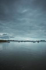 Stralsund / Devin - blaue Stunde (tom-schulz) Tags: ricoh grii rawtherapee gimp stralsund thomasschulz wasser boote himmel wolken blau strelasund sund silhouette
