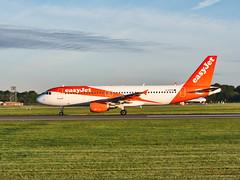 easyjet G-EZTR. Airbus A320-214 (alex kerr photography) Tags: manchesterairport manchester easyjet a320214 ecgg southside avgeek airport airbus