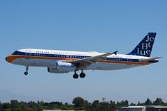 jetBlue Airbus A320 N763JB (jbp274) Tags: lgb klgb airport airplanes jetblue b6 airbus a320 logojet retrojet